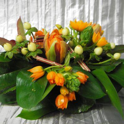 Pöytäkoriste sesongin kukista