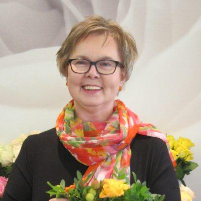 Floristimestari, yrittäjä Kaija Juvonen